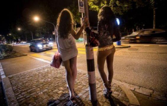 O reţea de prostituţie din Italia, destructurată. Fetele, majoritatea din România !