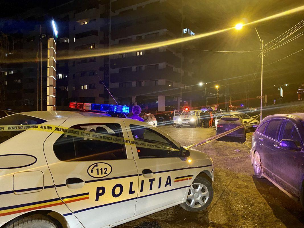 CRIMĂ! Cadavrul unei femeie a fost găsit într-o mașină lângă podul din Serbănești în mun. Bacău! Poliția face cercetări!