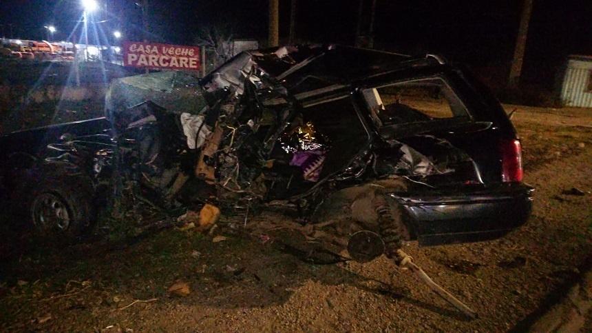 Soț și Soție din Brăila au murit dimineață într-un tragic accident! Mașina în care erau aceștia a fost izbită de un autocar.