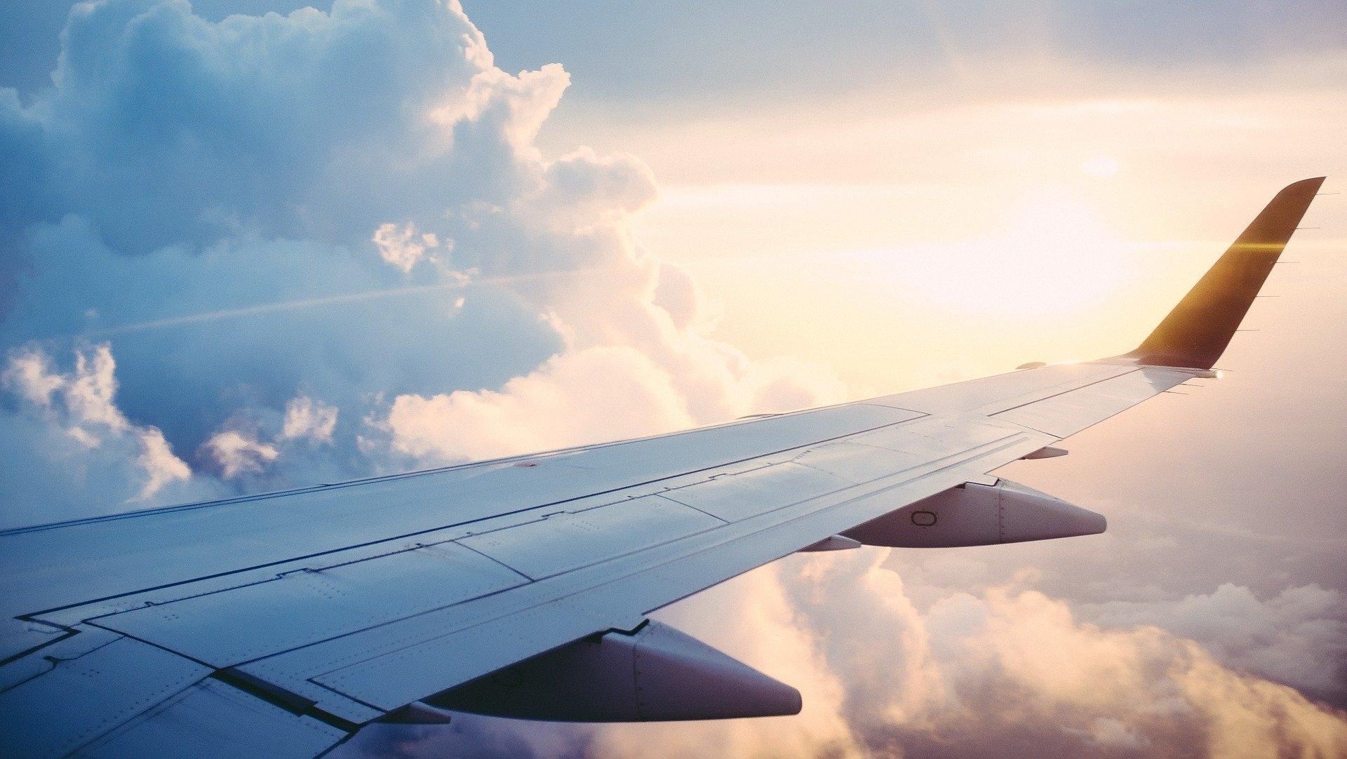 O nouă companie aeriană va opera zbouri pe piaţa autohtonă din 1 mai