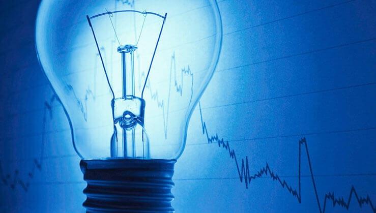 Aproape 8000 de locuințe fără energie electrică din cauza furtunii în județul Bacău!