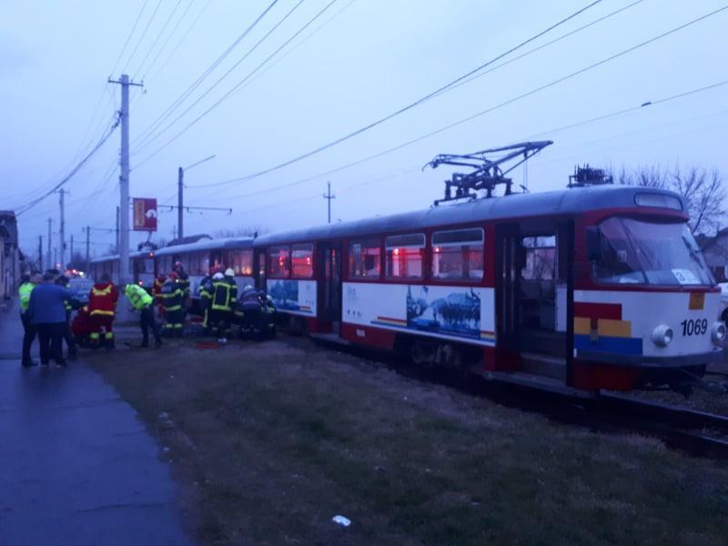 UPDATE: Accident mortal în Arad! O femeie a fost călcată de tramvai, medicii nu au mai putut face nimic