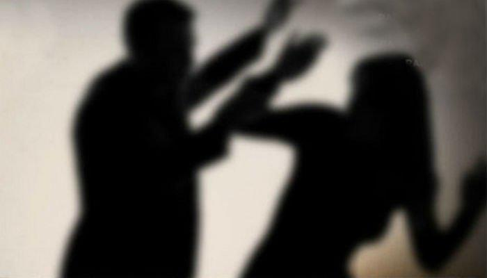 Crimă în Bacău! Bărbat reţinut de poliție după ce şi-a omorât MAMA în bătaie!