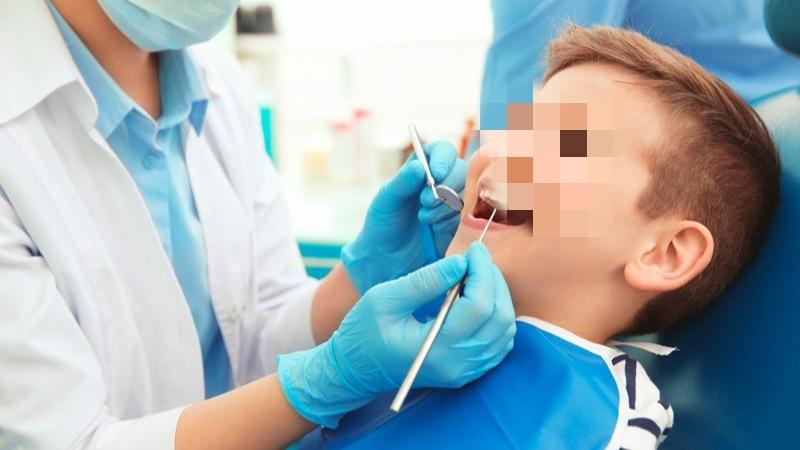 Copil de 4 ani, în comă după anestezii dentare repetate. Medicii spun că e în stare extrem de gravă