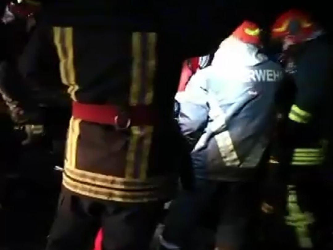VIDEO: Impact violent între un TIR și un autoturism pe DN15 în comuna Petelea județul Mureș. Șoferul din autoturism a decedat!
