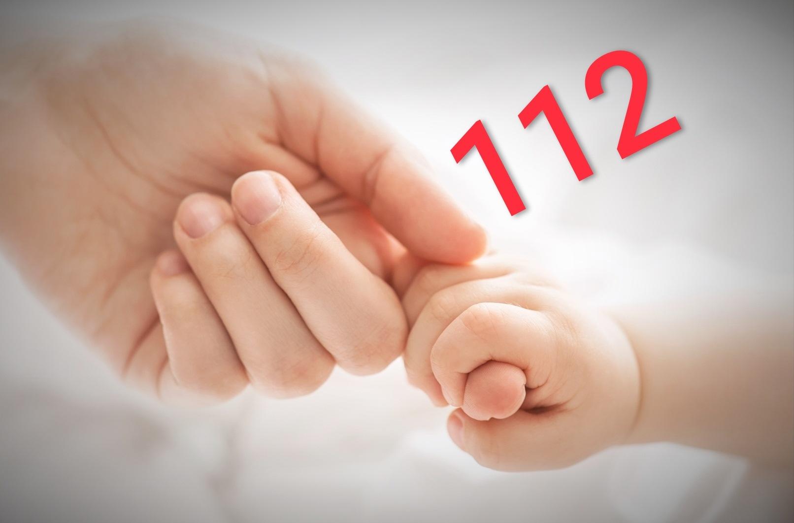 "Bebeluș salvat de la moarte de un operator 112. ""Felicitări colegilor… "" transmite dr. Raed Arafat"