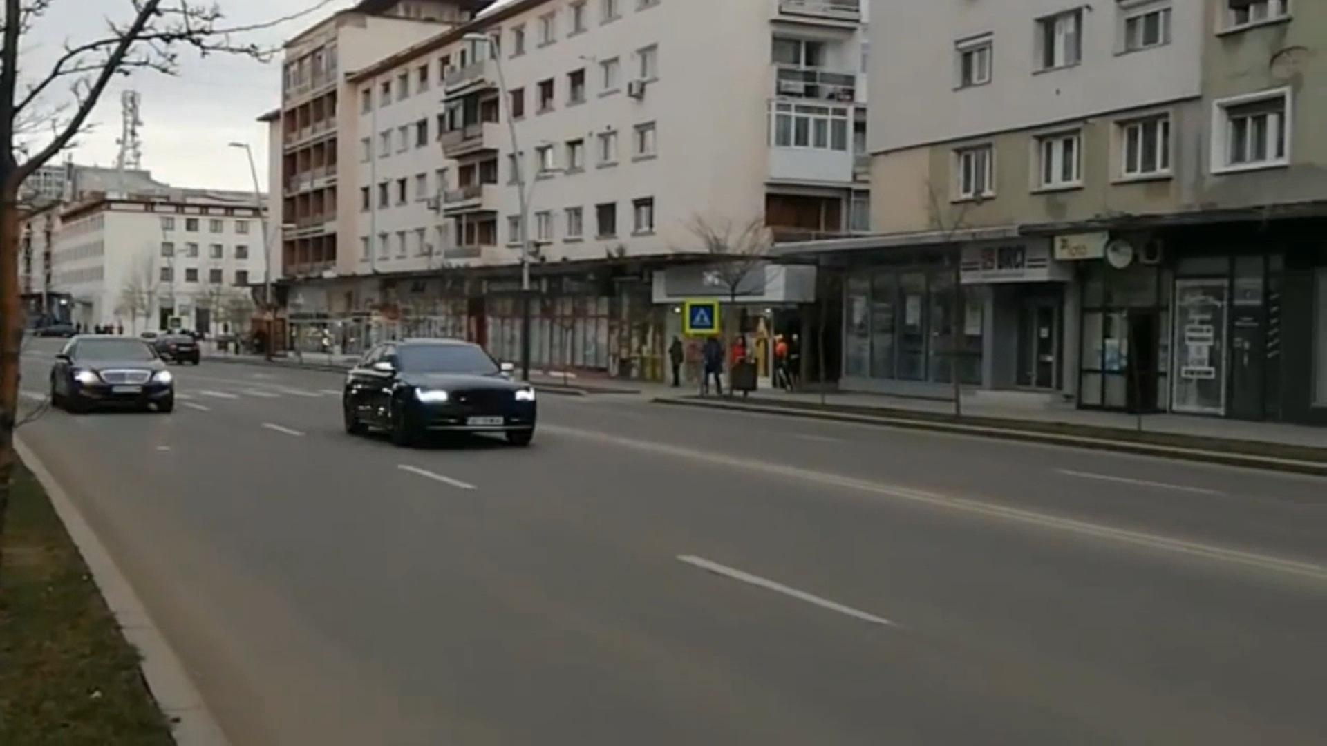 Video | Formula 1 pe străzile Bacăului: Întreceri între doi bolizi pe Centrul Bacăului