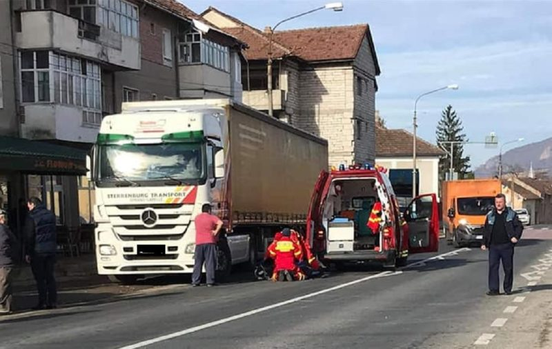Bărbat accidentat mortal de un TIR în județul Hunedoara