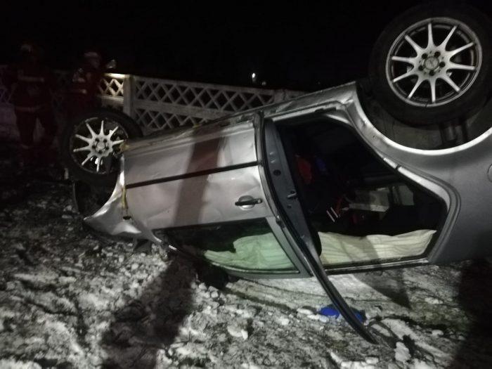 În urma unui impact violent, un tânăr de 27 de ani a murit, acesta s-a izbit cu mașina de un gard!