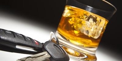 După ce a fost urmărit 3 kilometri, un șofer a fost prins cu alcoolemie de 1,43 mg/l alcool pur în aerul expirat.