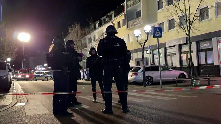 Video: Atac ARMAT în Germania, 9 persoane au fost ucise și 5 rănite grav!