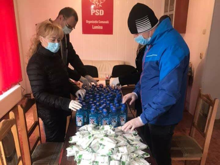 COVID-19: PSD își face campanie electorală cu spirt şi săpun