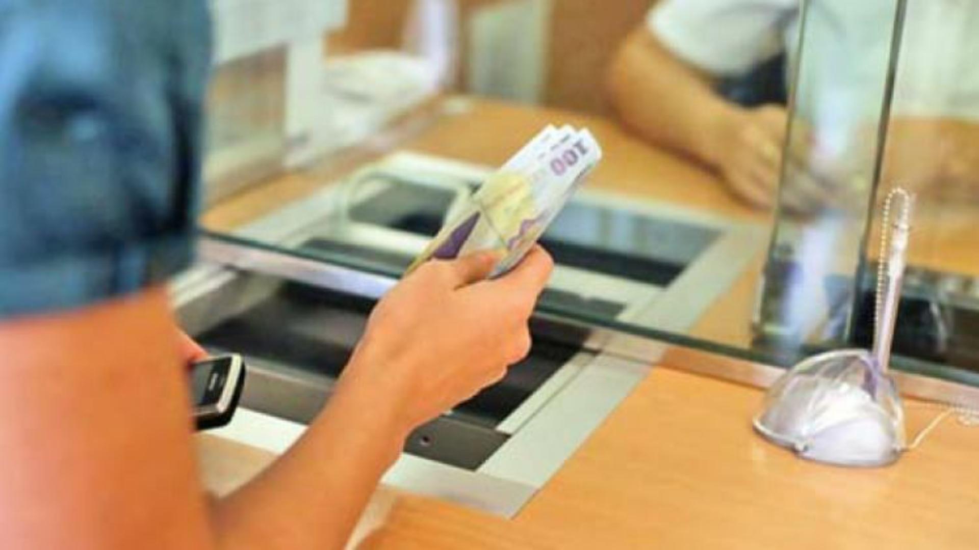 ANPC propune amânarea plăţii ratelor bancare cu 90 de zile