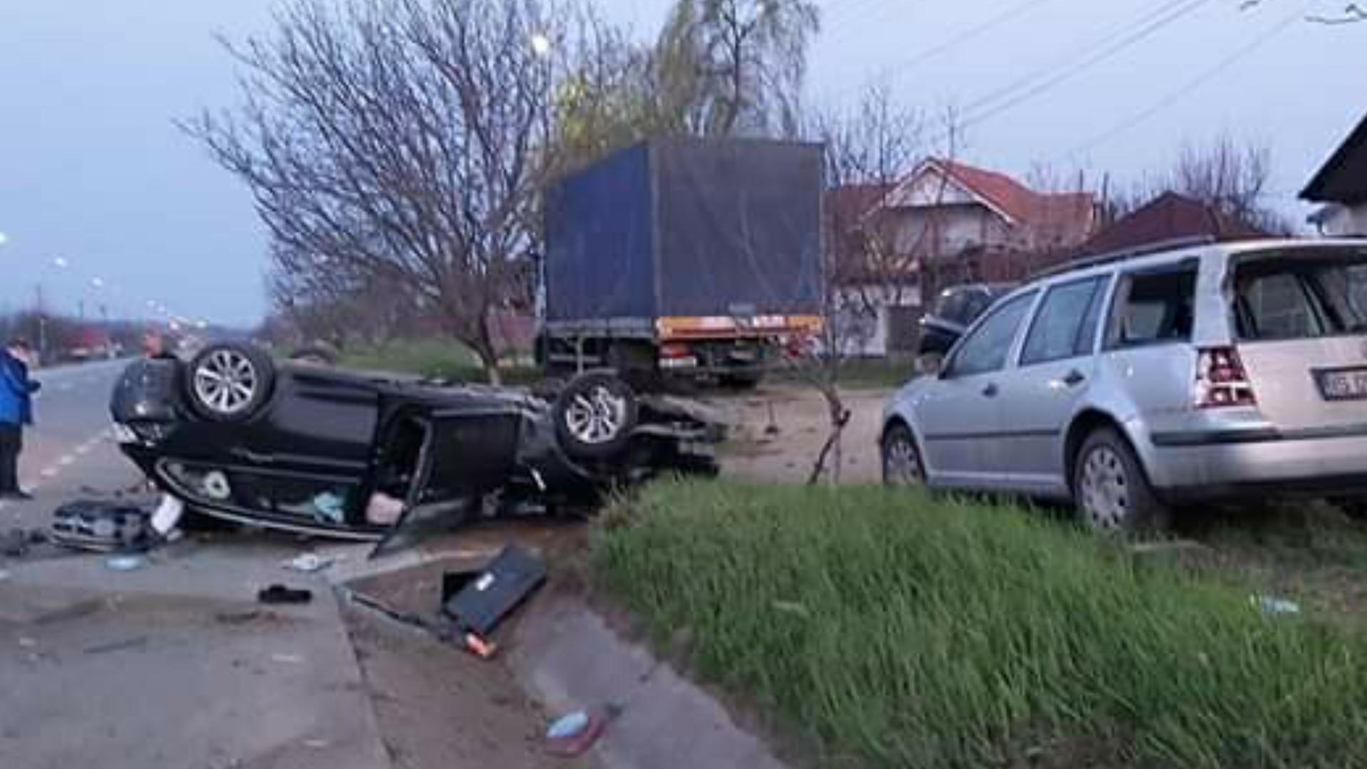 Accident rutier în județul Iași, un șofer s-a răsturnat cu mașina pe E85