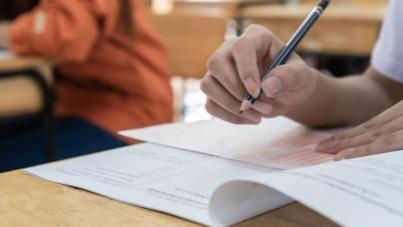 Evaluarea Naţională şi Bacalaureatul se vor susţine pe baza materiei predate în primul semestru al anului şcolar