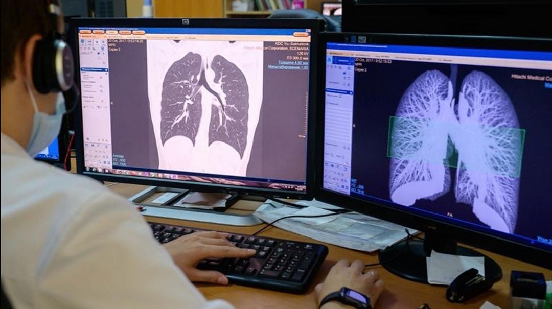 COVID-19: De ce unii pacienți sunt asimptomatici și pentru alții virusul este fatal. Explicațiile unui medic român